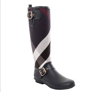 Burberry Birkback Check-knee rain boots. Worn once